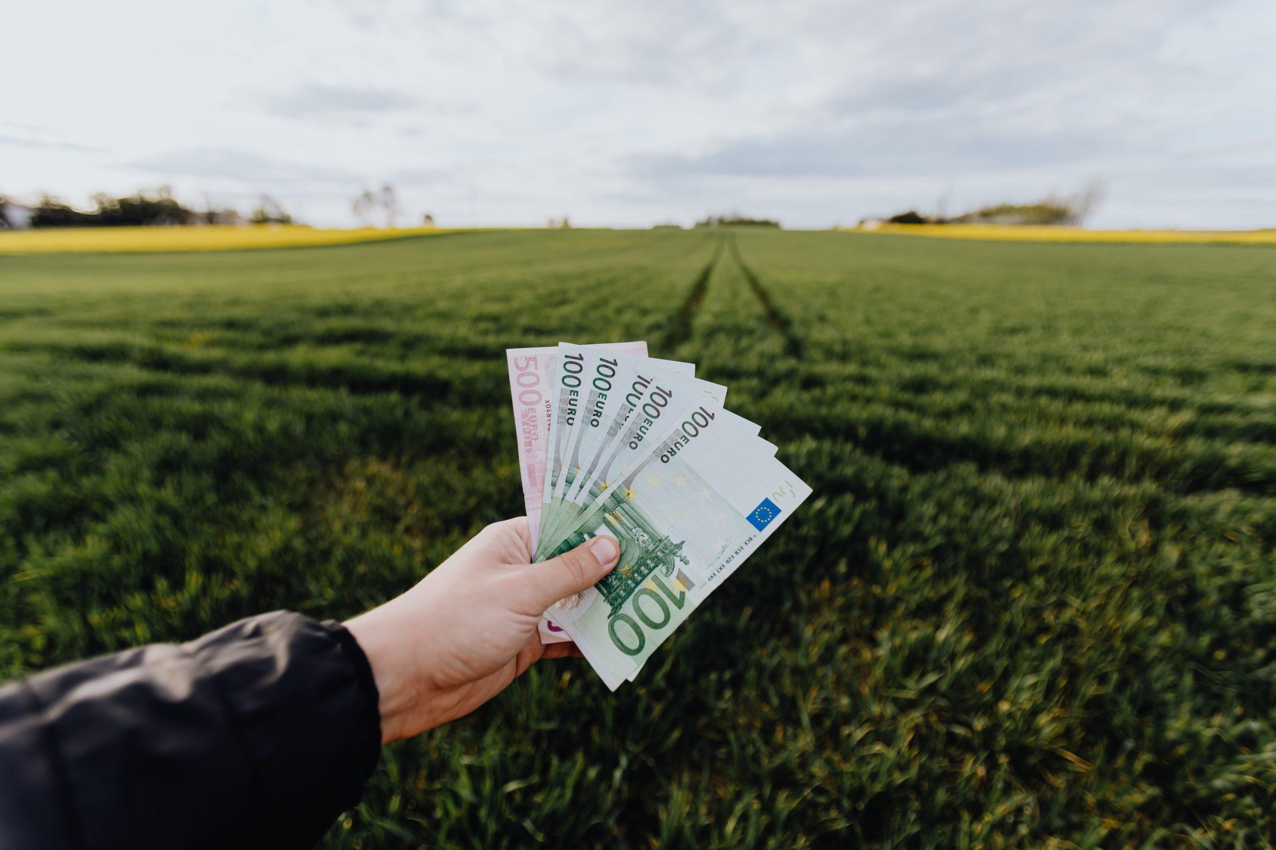 subida de sueldo pexels-karolina-grabowska